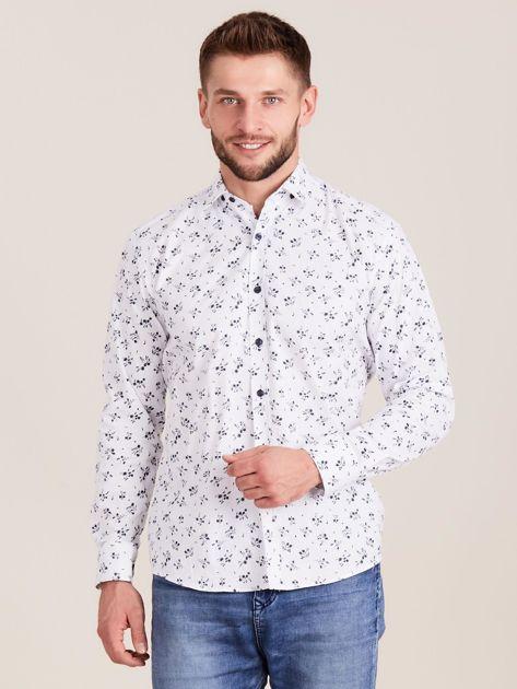 Biała koszula męska w roślinne wzory                              zdj.                              1