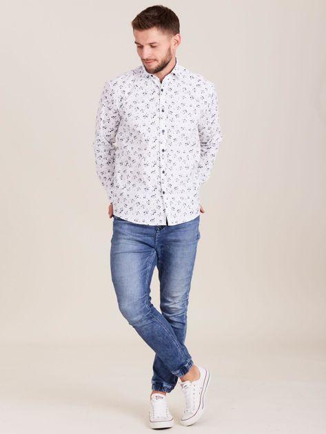 Biała koszula męska w roślinne wzory                              zdj.                              4
