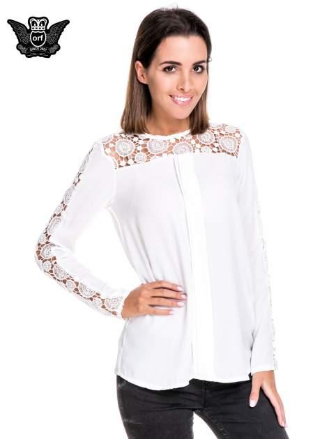 Biała koszula z gipiurą