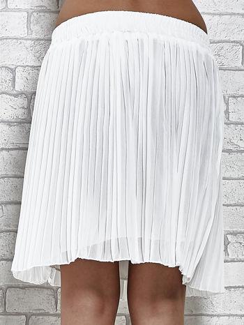 Biała plisowana spódnica do kolan                                  zdj.                                  7