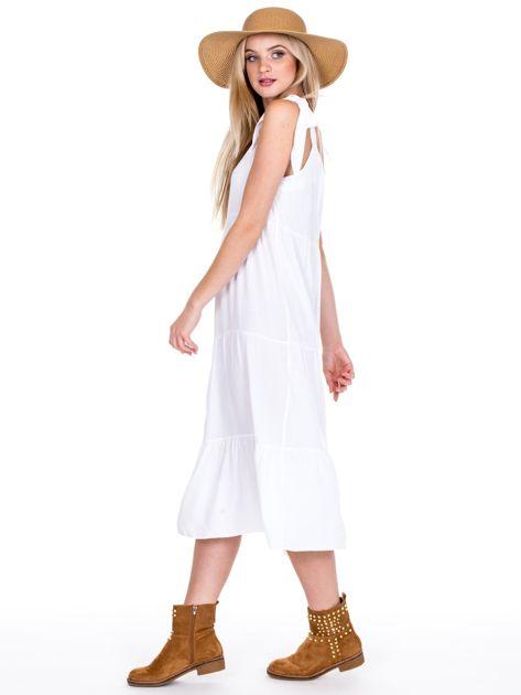 Biała sukienka wiązana na ramionach                              zdj.                              5