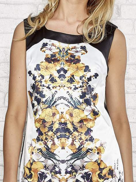 Biała sukienka z żółtym nadrukiem kwiatowym z dżetami                                  zdj.                                  5