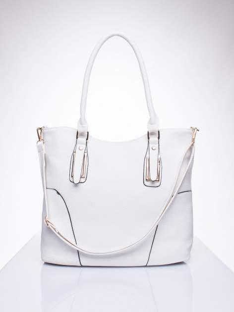 Biała torba shopper bag ze złotymi okuciami przy rączkach                                  zdj.                                  1
