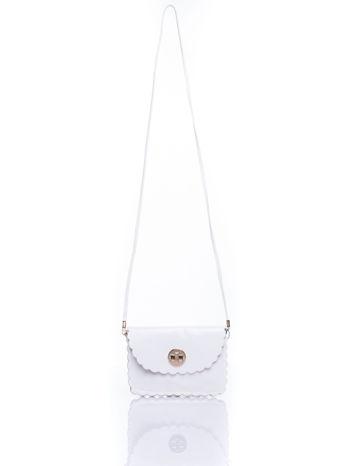 Biała torebka listonoszka z falowanym wykończeniem                                  zdj.                                  5