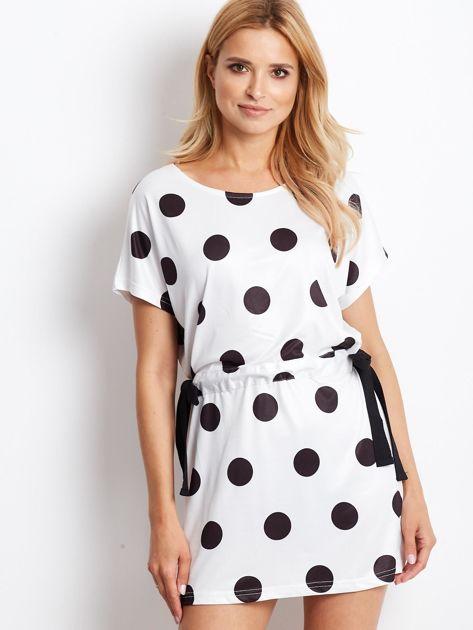 Biała wiązana sukienka w grochy                              zdj.                              1