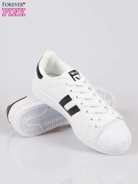 Białe adidasy damskie z czarną wstawką                                  zdj.                                  4