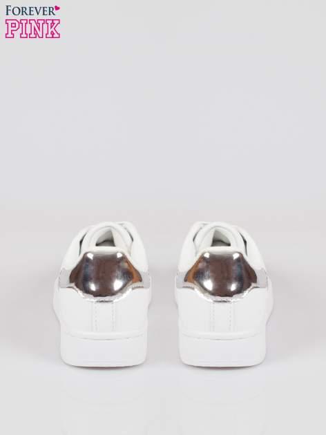 Białe adidasy damskie ze srebrną wstawką                                  zdj.                                  3