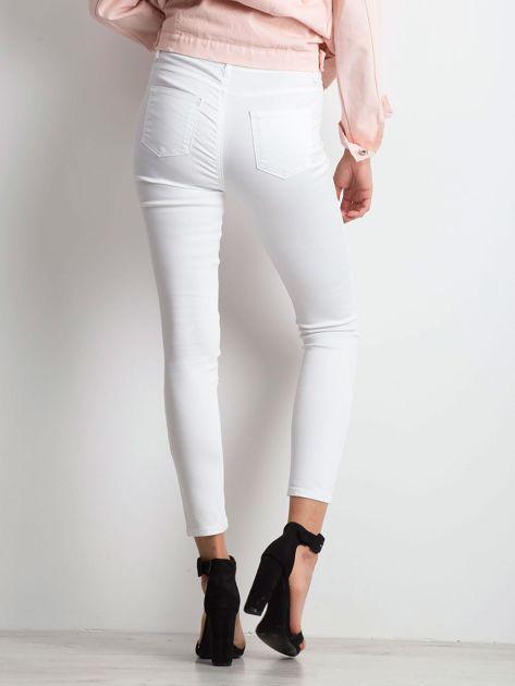 Białe jeansy Totally                              zdj.                              2