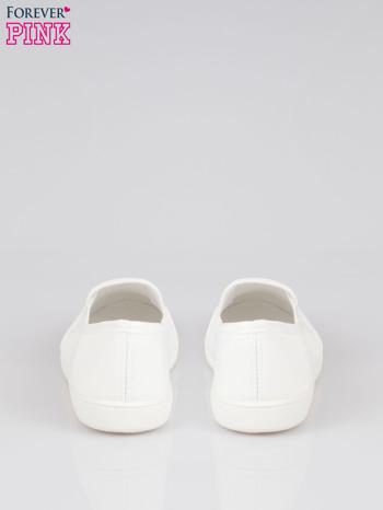 Białe lekkie buty sliponki                                  zdj.                                  3