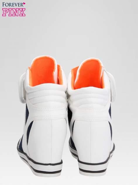 Białe sportowe sneakersy damskie z siateczką                                  zdj.                                  4