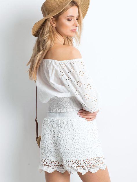Białe szorty Crochet                              zdj.                              2
