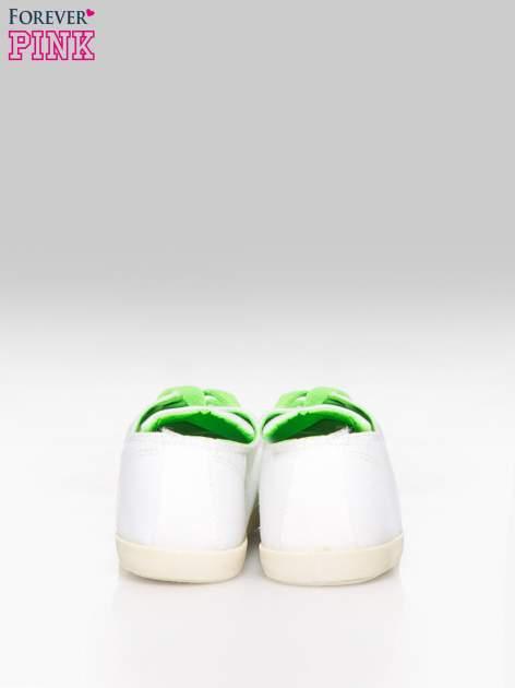 Białe tenisówki damskie z zielonymi sznurówkami + GRATIS BIAŁE SZNUROWADŁA                                  zdj.                                  3