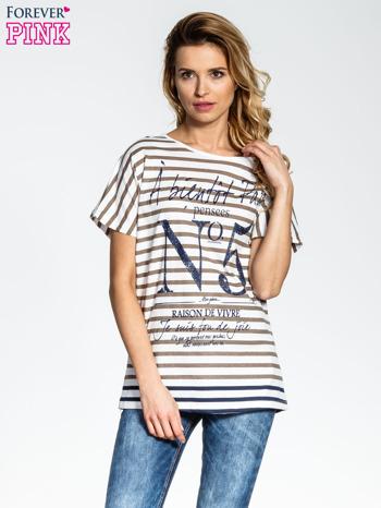 Biało-beżowy t-shirt w paski z napisem À BIENTÔT PARIS                                  zdj.                                  1