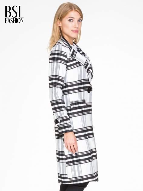 Biało-czarny wełniany płaszcz w kratę zapinany na jeden guzik                                  zdj.                                  3