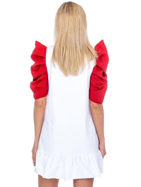 Biało-czerwony strój wróżki                              zdj.                              2