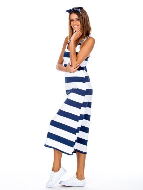 Biało-granatowa długa sukienka we wzór pasków                              zdj.                              3