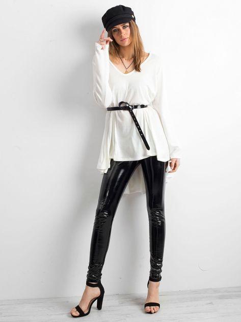 Biały asymetryczny sweter                               zdj.                              4