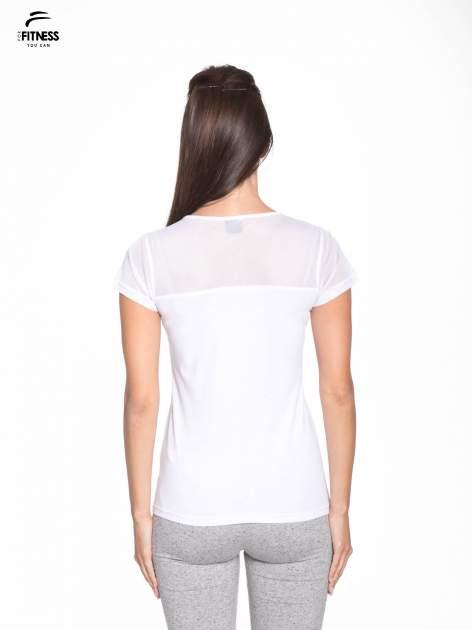 Biały bawełniany t-shirt z siateczką                                  zdj.                                  4