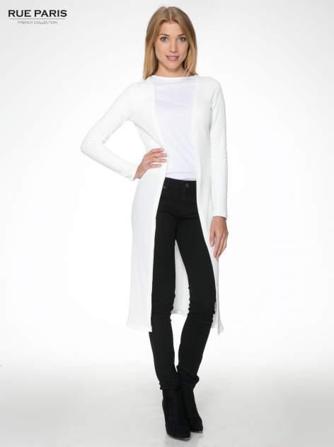 Biały długi prążkowany sweter kardigan                                  zdj.                                  1