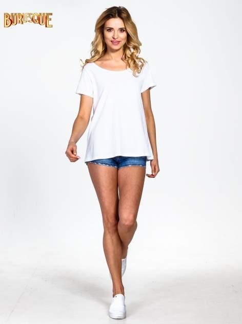 Biały gładki t-shirt z okrągłym dekoltem                                  zdj.                                  6