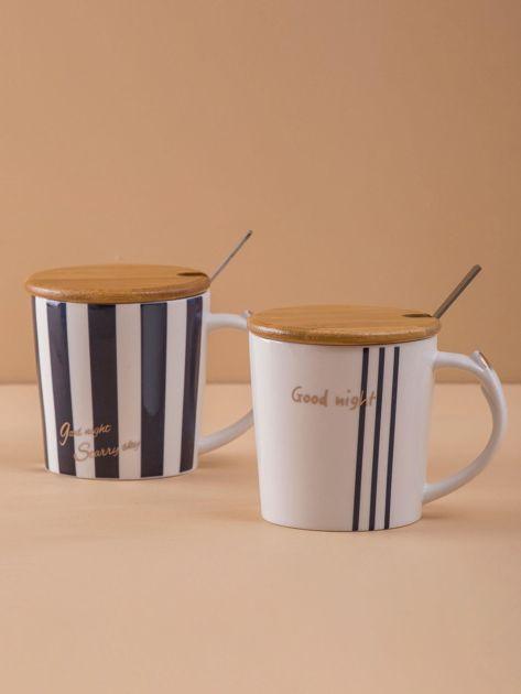 Biały kubek ceramiczny z nadrukiem