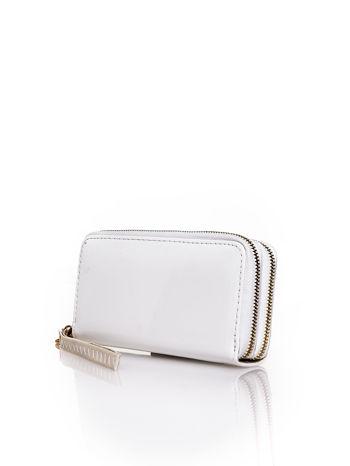 Biały lakierowany portfel z uchwytem na rękę                                  zdj.                                  2
