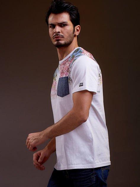 Biały t-shirt męski w kwiaty FUNK N SOUL                              zdj.                              3