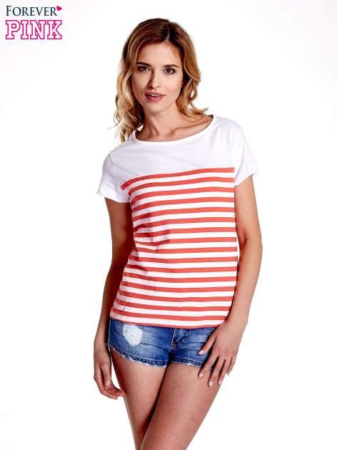 Biały t-shirt w poziome czerwone paski