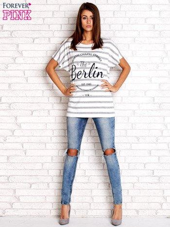 Biały t-shirt w szare paski z napisem NORTH CHAPEL STREET                                  zdj.                                  4