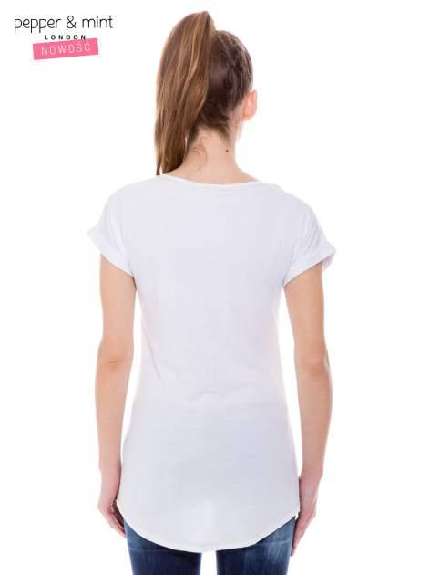 Biały t-shirt z cekinowym nadrukiem w stylu glamour                                  zdj.                                  3
