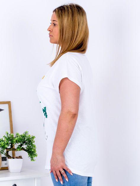 Biały t-shirt z jaskrami PLUS SIZE                              zdj.                              3