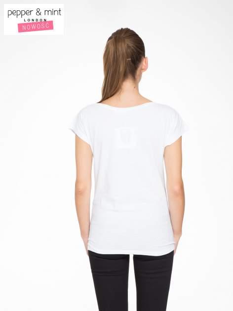 Biały t-shirt z motywem zwierzęcym                                  zdj.                                  4