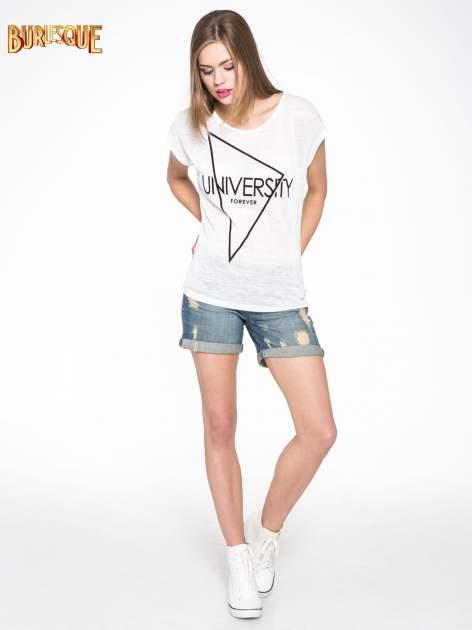 Biały t-shirt z nadrukiem UNIVERSITY FORVER                                  zdj.                                  2
