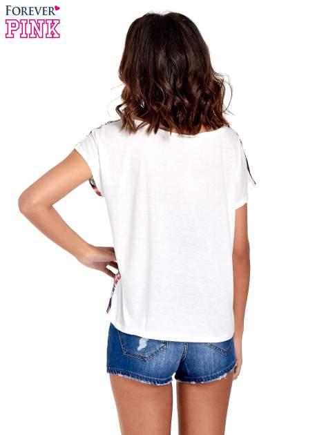 Biały t-shirt z nadrukiem floral print                                  zdj.                                  4