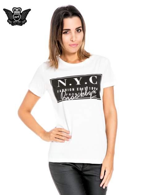 Biały t-shirt z napisem NYC Brooklyn                                  zdj.                                  1