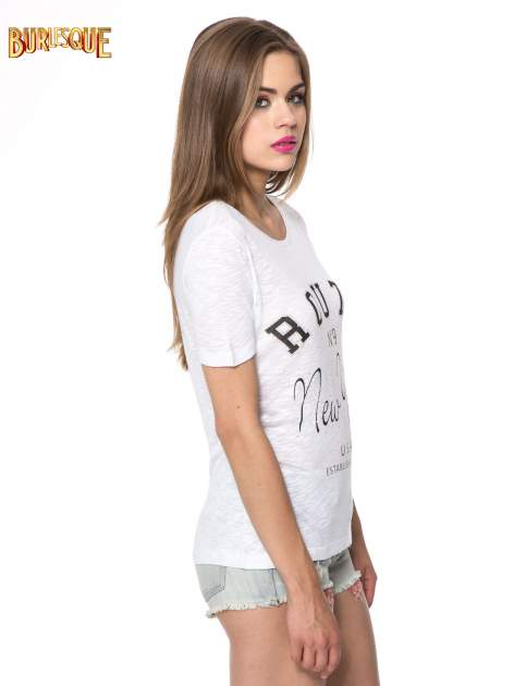 Biały t-shirt z napisem ROUTE NEW YORK                                  zdj.                                  3