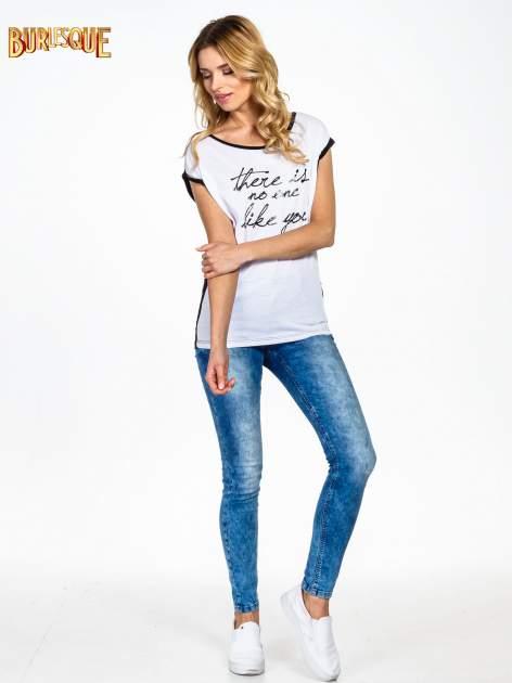 Biały t-shirt z napisem THERE IS NO ONE LIKE YOU                                  zdj.                                  6