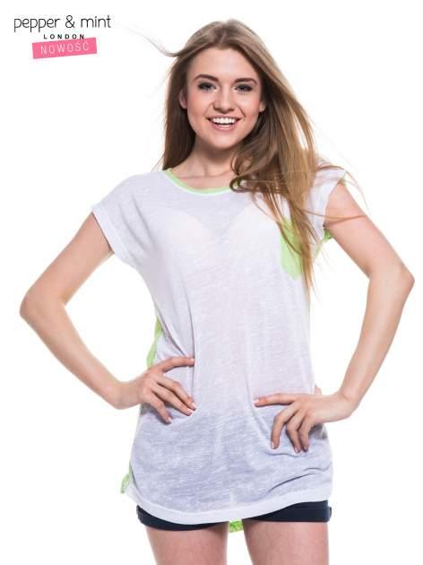 Biały t-shirt z wydłużanym tyłem w kolorze zieleni                                  zdj.                                  2