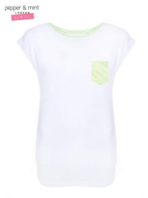 Biały t-shirt z wydłużanym tyłem w kolorze zieleni                                  zdj.                                  1