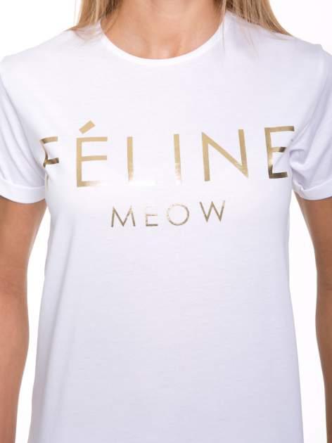 Biały t-shirt ze złotym napisem FÉLINE MEOW                                  zdj.                                  6