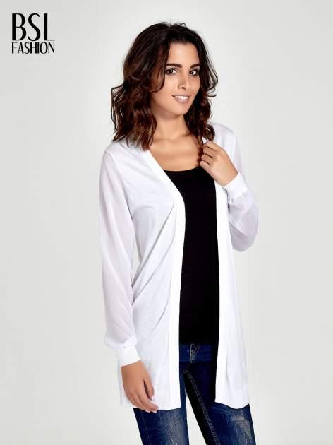 Biały wiązany sweter z przezroczystymi rękawami                                  zdj.                                  1