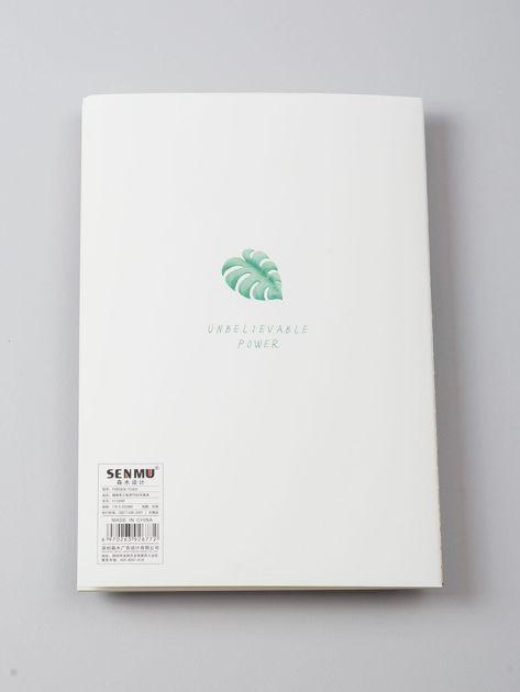 Biały zeszyt w liście                              zdj.                              3
