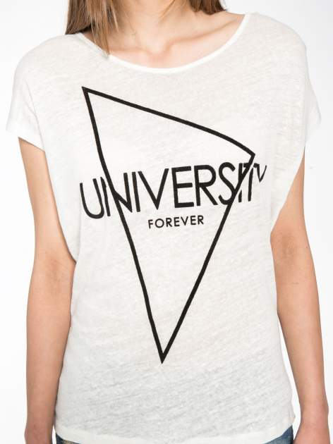 Blady ecru t-shirt z nadrukiem UNIVERSITY FORVER                                  zdj.                                  7