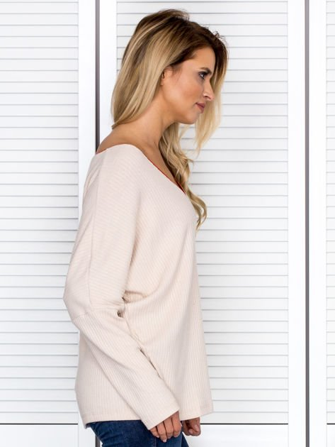 Bluzka damska z kontrastową lamówką jasnobeżowa                              zdj.                              3