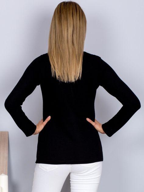 Bluzka lace up z fakturą w paski czarna                              zdj.                              2