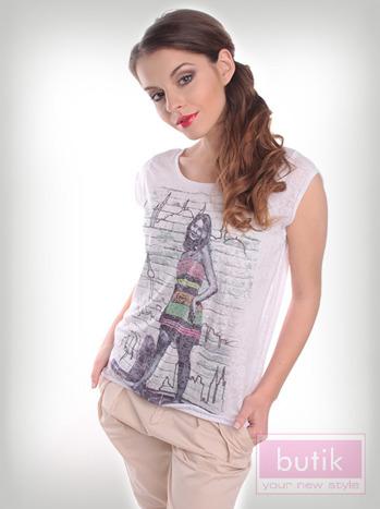 Bluzka z modnym nadrukiem                                  zdj.                                  2