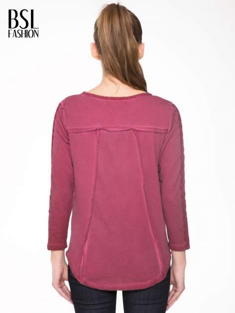 Bordowa bluza z koronkowymi aplikacjami                                  zdj.                                  4