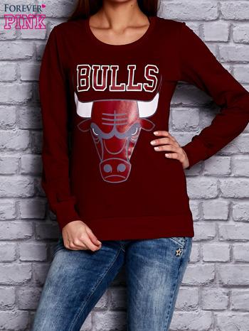 Bordowa bluza z napisem BULLS                                  zdj.                                  1