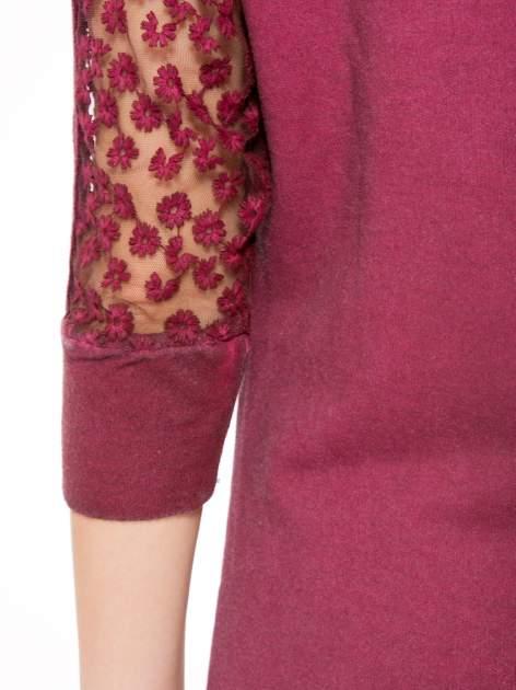 Bordowa dresowa sukienka z koronkowym karczkiem                                  zdj.                                  9