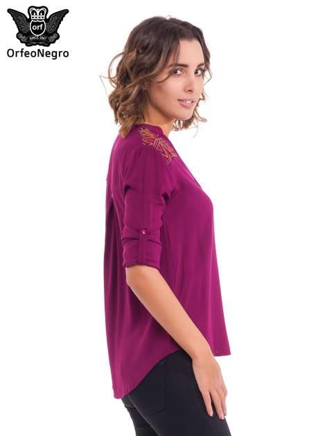 Bordowa koszula z haftem etno na ramionach i kieszonką                                  zdj.                                  5